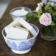 Mangle & Wringer Bettes Bar soap in a bowl