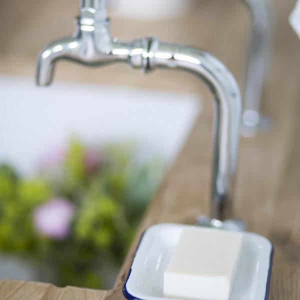 Mangle & Wringer Bettes Bar soap in a dish